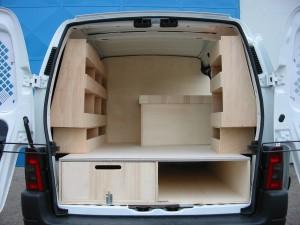 Aménagement véhicule utilitaire sur mesure Accès Auto Système